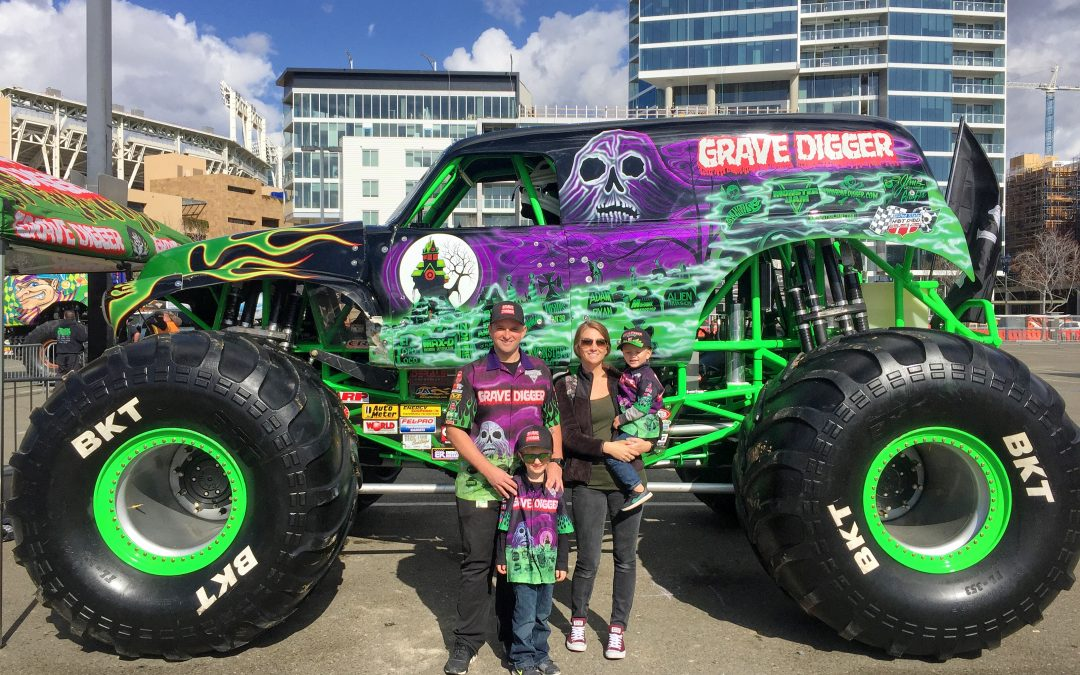 Life On The Road: Interviews With Grave Digger, Snow White And Anna