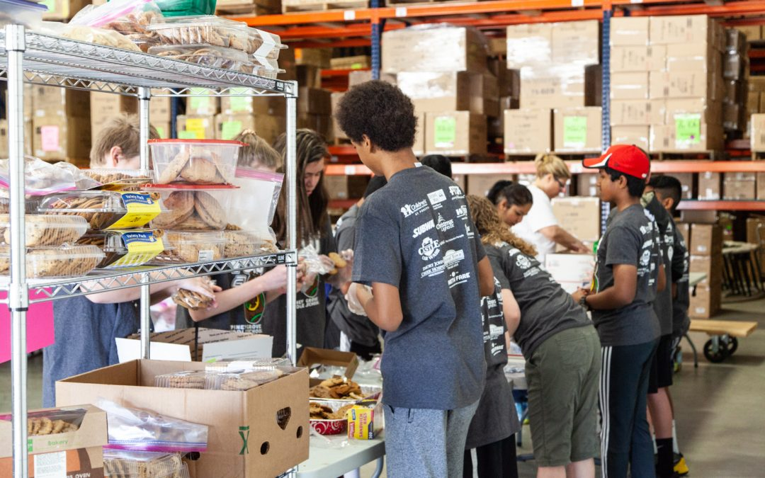 Piney Grove Middle School Students Give Back