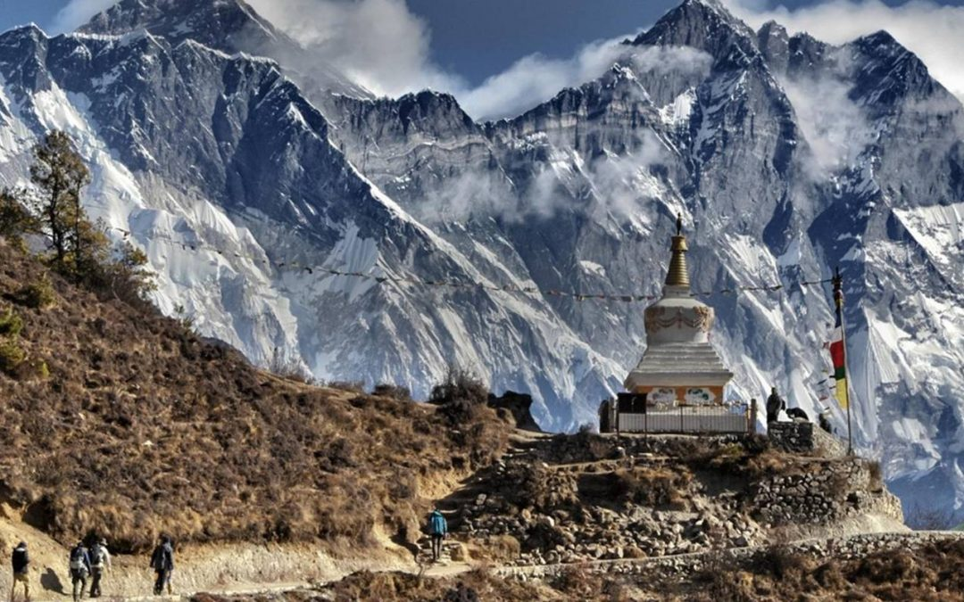 Which Nepal Trek Should You Do: Everest Base Camp Trek or Annapurna Circuit Trek?